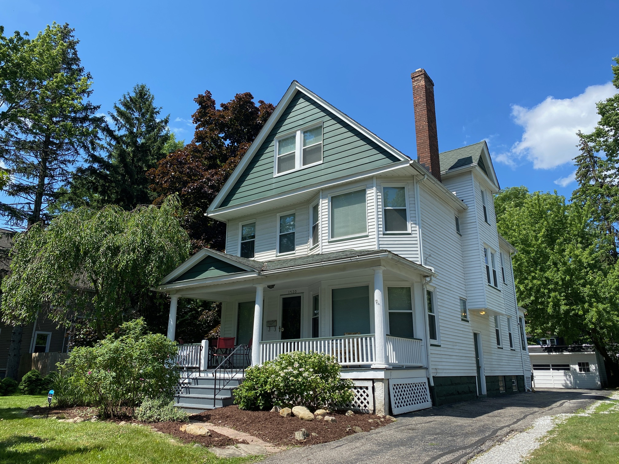 Cleveland Heights Rental Home – Maple Road 5 Bedroom
