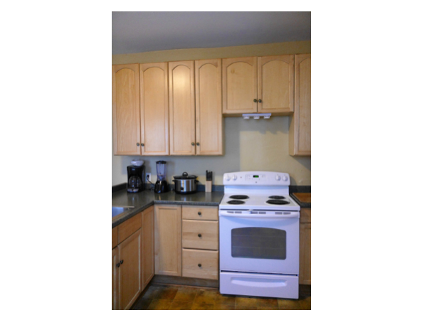 Maple Grand Rental Homes with Fully Equipped Kitchen