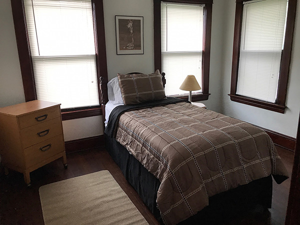 Maple Grand House Bedroom Photo