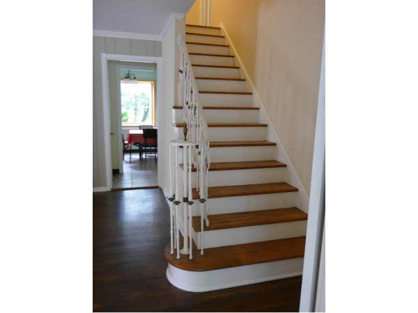 Hollister Beauty Single Family Home - Stairway2