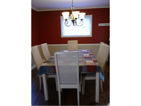 Hollister Beauty Single Family Home - Dining Room