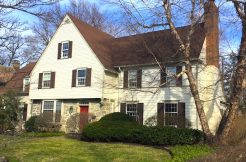 Colonial Home in Cleveland Heights