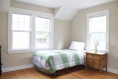 Large Bedroom in Greyton Road Home Near Cleveland