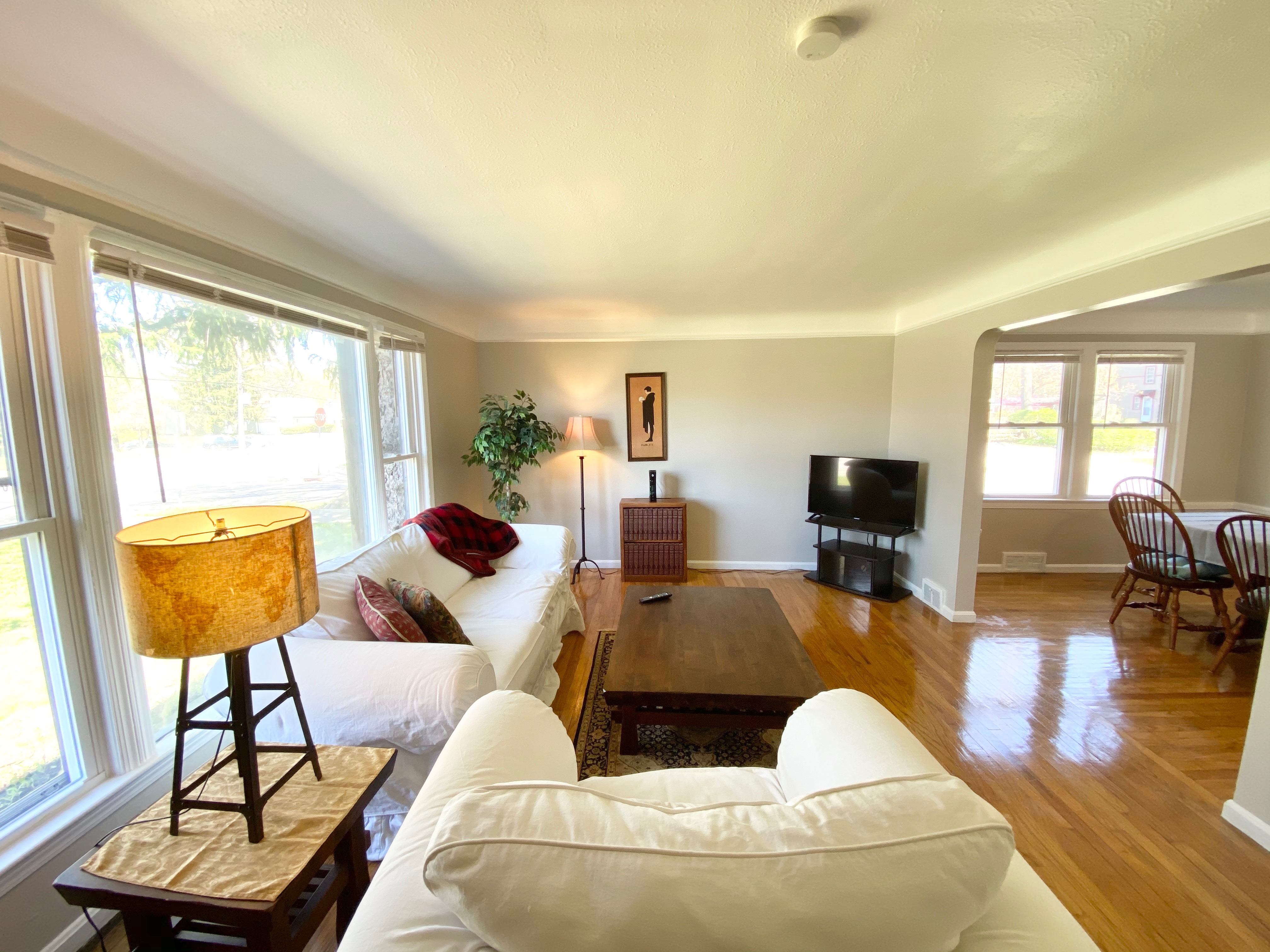 University Heights Duplex with Furnished First Floor